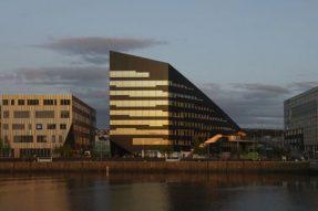 挪威盖个办公楼,简直就是发电厂!邻居电费都省了